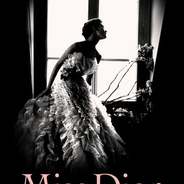 THE BOOK MISS DIOR BY JUSTINE PICARDIE